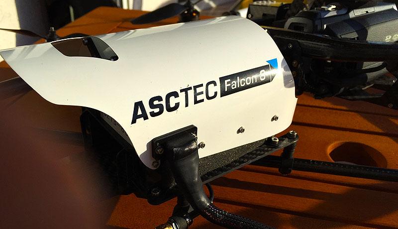 Asctec Falcon 8 Flugroboter